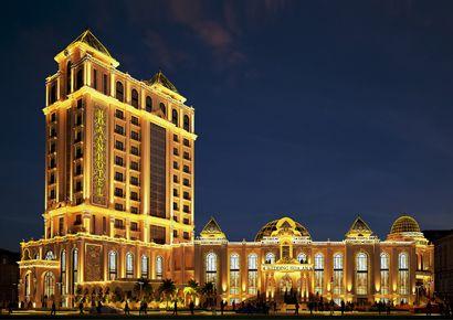 Thiết kế khách sạn kiểu Pháp tại Phan Thiết – 4 sao – đẳng cấp và tráng lệ