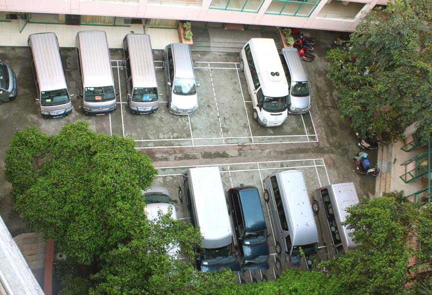 Bãi đậu xe khách sạn