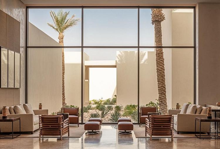 Không gian tiền sảnh bố trí hợp lý,kiến trúc nội thất hài hòa