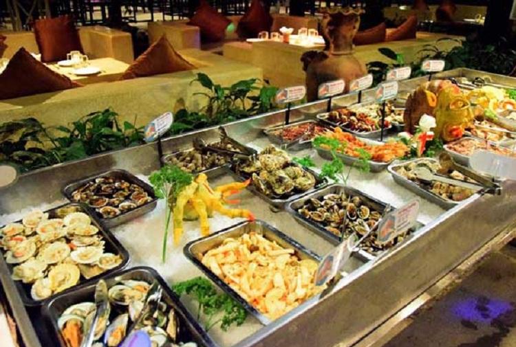 Nhà hàng buffet tại Resort