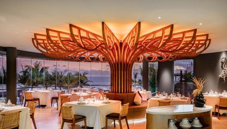 Nhà hàng phục vụ theo bàn tại Resort